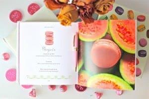 laduree-macarons-book
