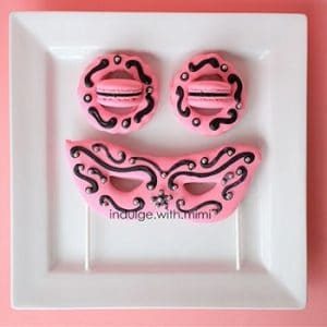 Food or Fashion? – Macaron Mask!
