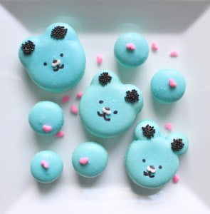 How to Pipe Bear Macarons
