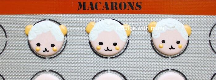 lamb-macarons