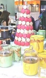 laduree-macaron-tower