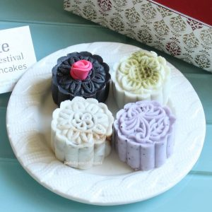 Afternoon Tea at Mimi's with Soirette Macaron Mooncakes