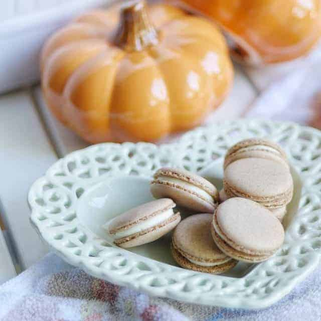 Pumpkin Spice Cheesecake macarons made without icing sugar artificial colorshellip