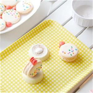 edible-glue-macarons