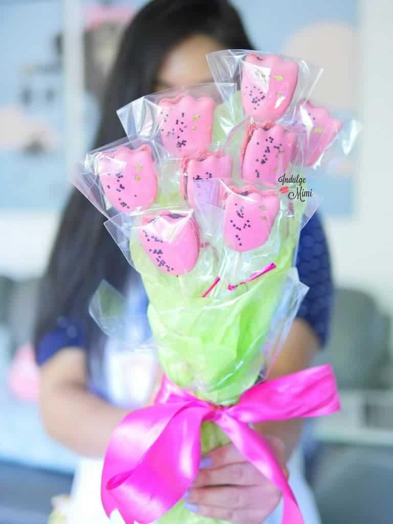macaron flower bouquet