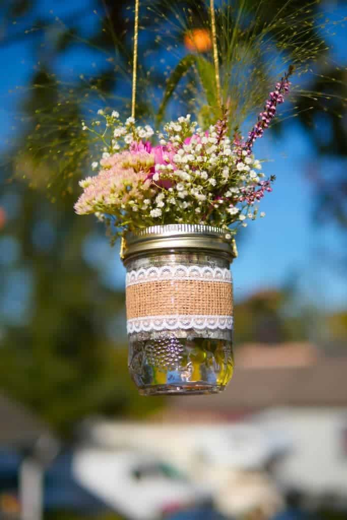 hanging-flower-vases-mason-jars