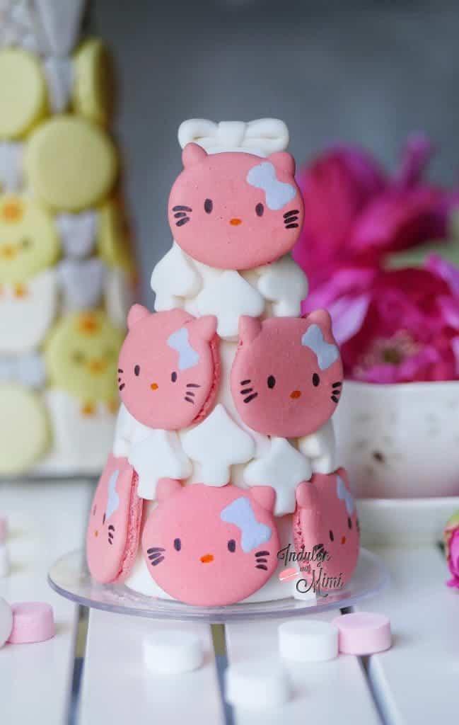 hello-kitty-macaron-tower