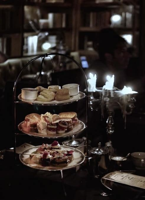 afternoon-tea-at-fairmont-vancouver-evening