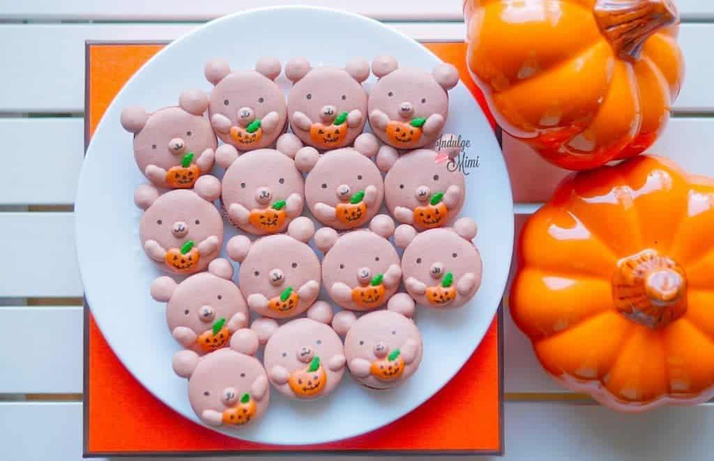 halloween-macarons