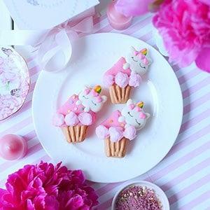 Unicorn on Cupcake Macarons