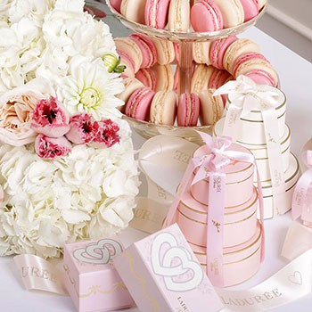 The Ultimate Laduree Wedding Guide: Precious Wedding Favours ...