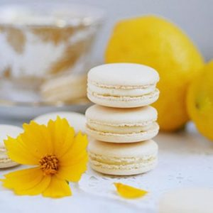 "Lemon Macarons Made with a Sturdy ""Macaron-Friendly"" Lemon Curd Center"