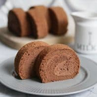Super Fluffy and Soft Japanese Chocolate Cake Roll