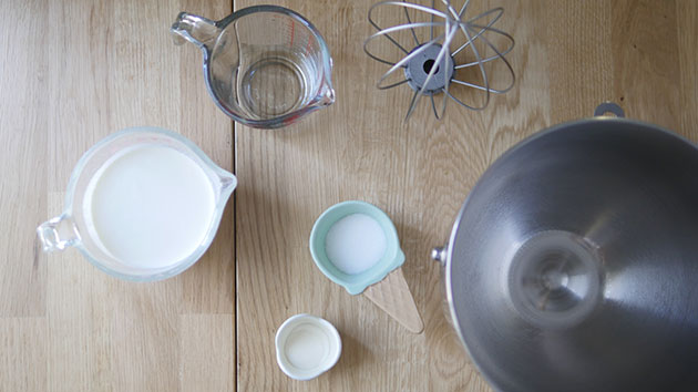 Ingredients and tools laid out to make stabilzied whipped cream.